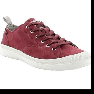 Palladium Wander Lace Sue Rio Red Maroon Shoes